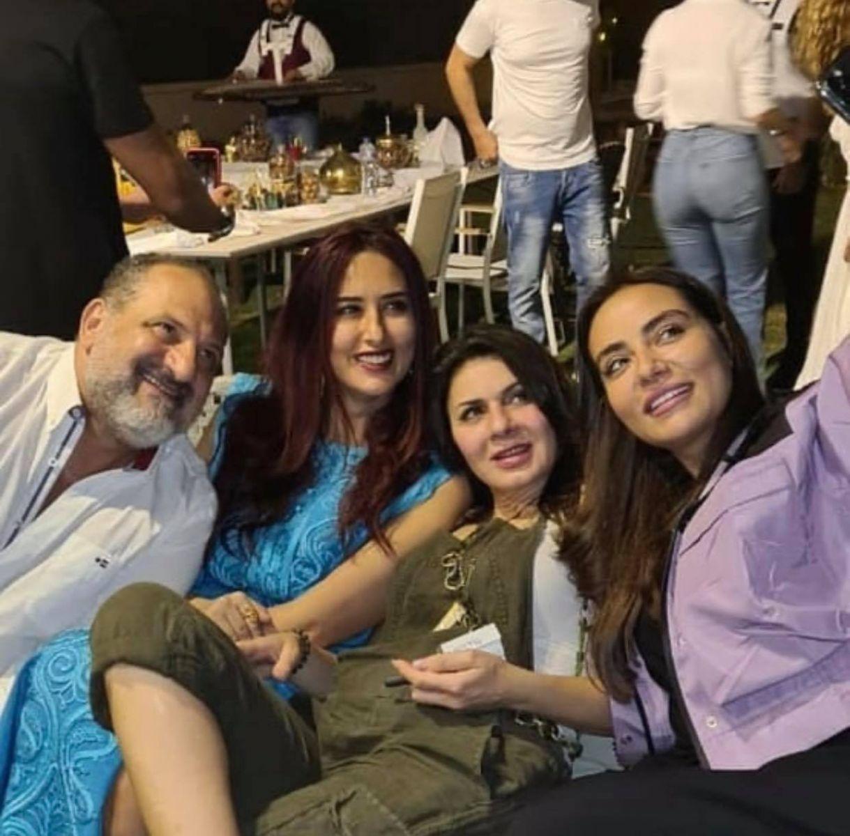 شاهد.. خالد صالح مع ثلاثة من الفنانين فى فيلا الإعلامية شيرين حمدي بأجواء رمضانية مميزة