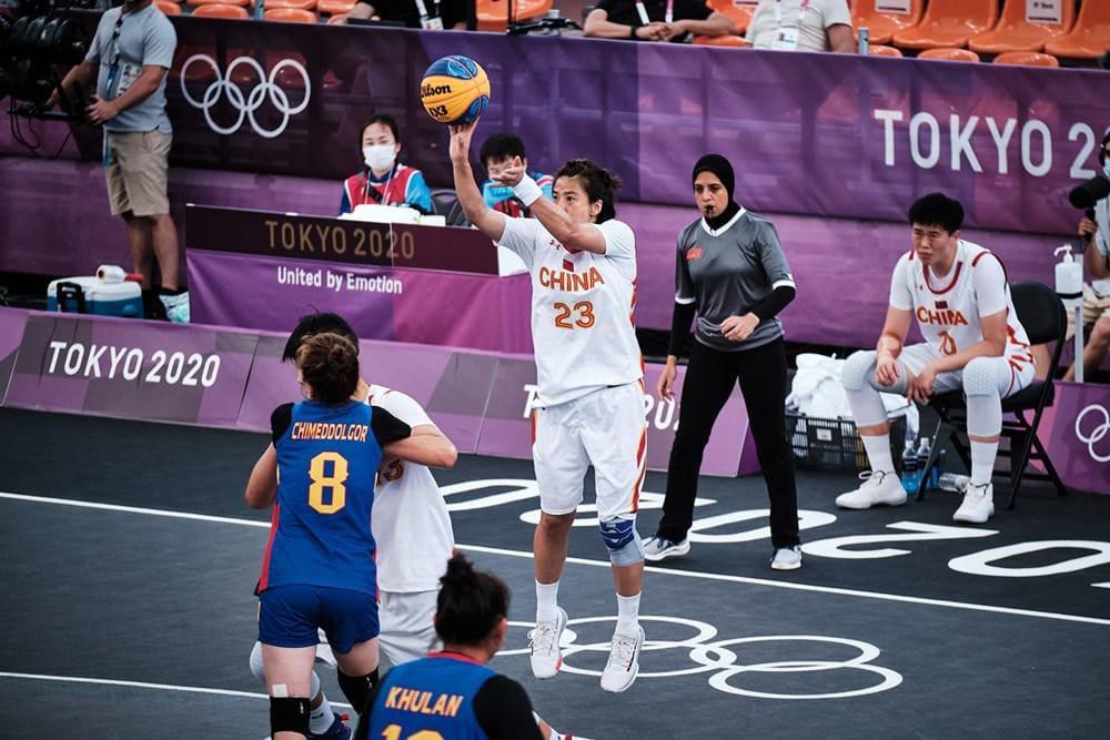 سارة جمال الحكم الدولي لكرة السلة