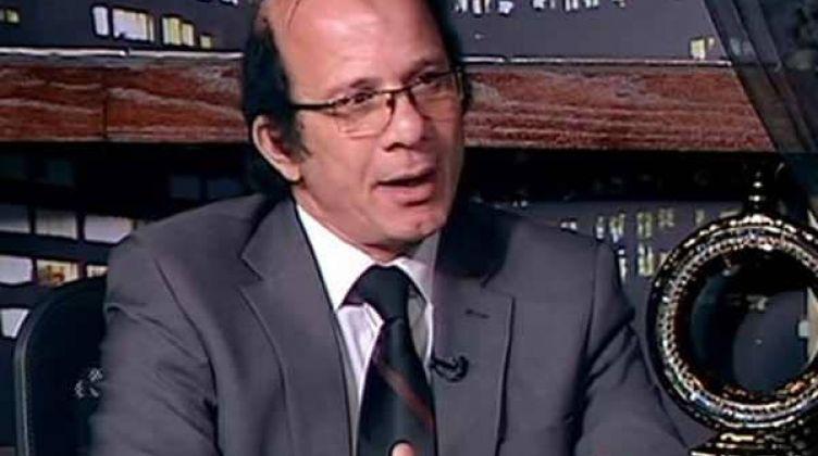 الدكتور محمد عبدالعزيز الخبير التربوي