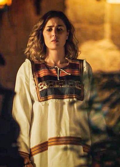 عائشة بن أحمد تبرز رقي التراث التونسي