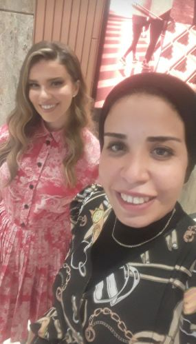 لارا اسكندر والصحفية زينب النجار