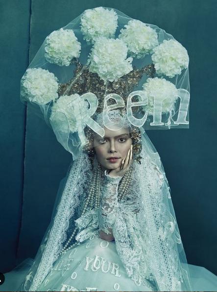 فستان زفاف  طرحة زفاف طويلة