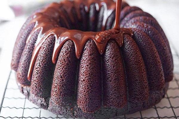 حلويات اليوم.. كيكة الشوكولاتة وسلطة فواكه وعصير جزر باللبن