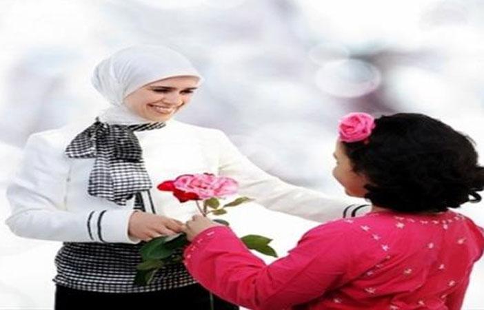 أشهر فتاوى تحرِّم الاحتفال بـعيد الأم