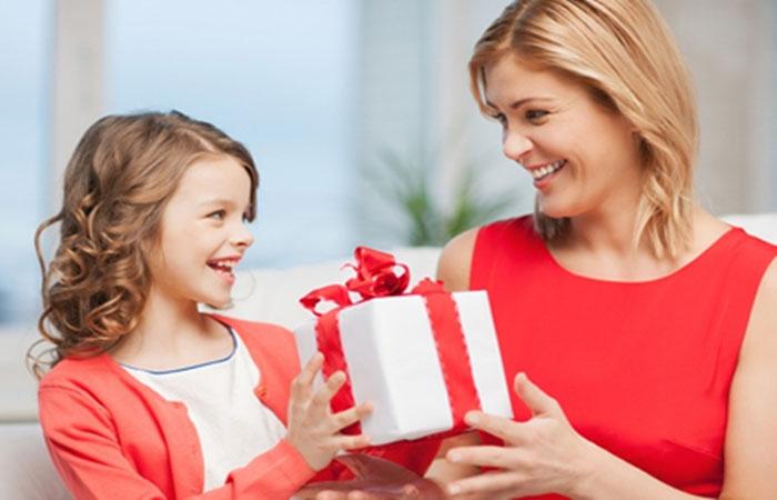 استغل عيد الأم وعلمي أطفالك قيم احترام كبارالسن في 7 خطوات