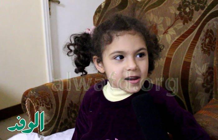 شاهد.. سارة اليتيمة تروي ذكرياتها في عيد الأم